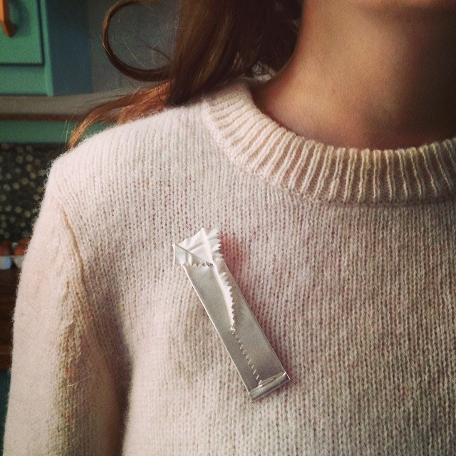#rubbishjewellery by @hollie_paxton_jewellery #silver #brooch