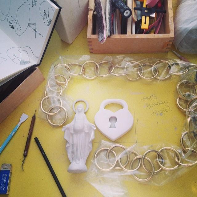 @lizzy_kelly #HappyBirthday #workinprogress #lovelyhusband #ceramics #commission Have a great day! Xxx
