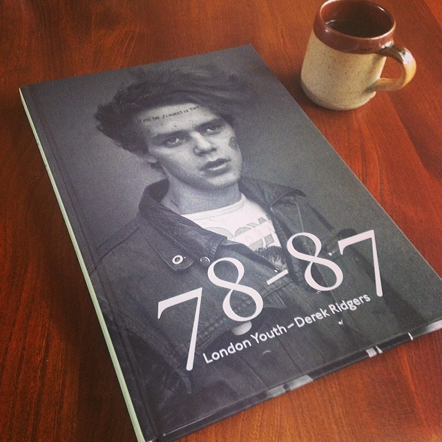 Tea break with new book. Bravo @andrewbunney #derekridgers #londonyouth #78-87