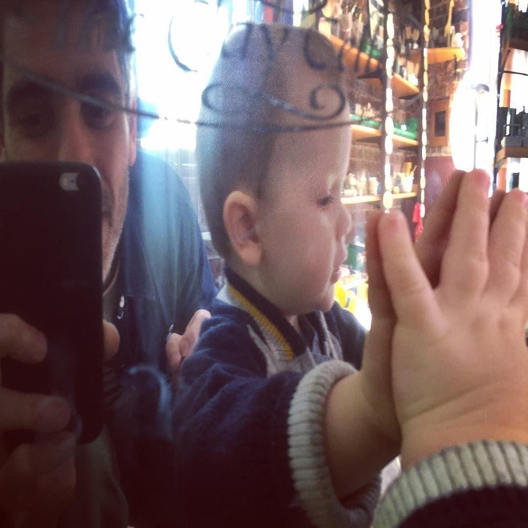 The boys enjoying buying materials with mum 😍